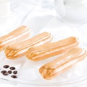 4-eclairs-cafe